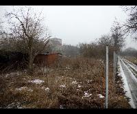Prodej pozemku o výměře 582 m2 ke komerčnímu využití, u dálnice D5, Beroun