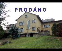 Prodej dvougeneračního domu 5+2 na klidném místě, garáž, pozemek 1396 m2, Otročiněves, okr. Beroun