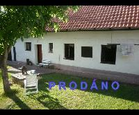 Prodej RD – chalupy, 4+1, pozemek 1673 m2, Málkov, okr. Beroun